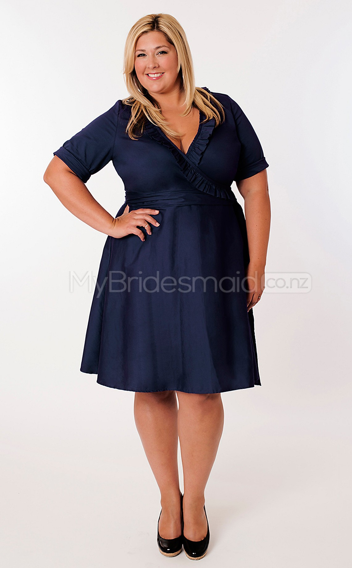 Taffeta a line v neck short sleeve knee length plus size move your mouse over image or click to enlarge ombrellifo Images