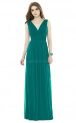 Chic Long InkBlue V-neck Chiffon Bridesmaid Dress BDNZ1678