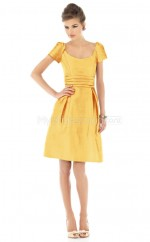 Yellow Taffeta A-line Scoop Short Bridesmaid Dresses (NZBD06236)