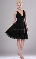 Black Chiffon A-line V-neck Short Bridesmaid Dress For Beach(NZBD06381)