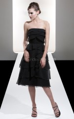 Black Chiffon A-line Strapless Tea-length Bridesmaid Dress For Beach(NZBD06608)