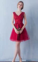 Glamorous V Neck Princess Tulle and Lace Short Burgundy Ball Gowns NZTB06054