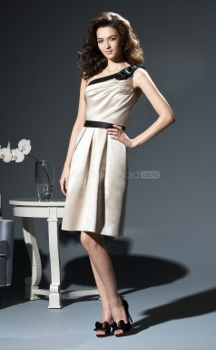 Champagne Satin A-line One Shoulder Knee-length Bridesmaid Dresses (NZBD06639)