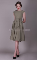 Silver Chiffon A-line Bateau Neckline Knee Length Bridesmaid Dress For Beach(NZBD06139)