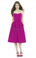 Modern DarkFuchsia A Line Sweetheart Tea Length Satin Bridesmadi Dress with Bows BDNZ1620