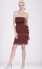 Burgundy Chiffon Sheath Strapless Short Bridesmaid Dress For Beach(NZBD06362)