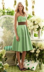 Green Satin A-line Sweetheart Knee-length Bridesmaid Dresses (NZBD06615)