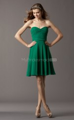 Dark Green Chiffon A-line Sweetheart Neckline Short Bridesmaid Dress For Beach(NZBD06765)