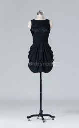 Black Short Bateau Neckline Chiffon Sheath Wholesale Clearance Price Bridesmaid Dress BD-NZS420