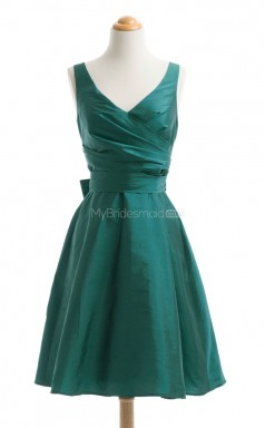 Attractive Green A Line V-Neck Taffeta Bridesmaid Dresses (BSD176)